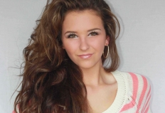 10 Things to Know About Olivia Hamm, Seventeen Contest Winner 2012