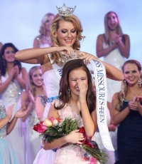 Barbizon Alum Wins Miss Missouri Outstanding Teen