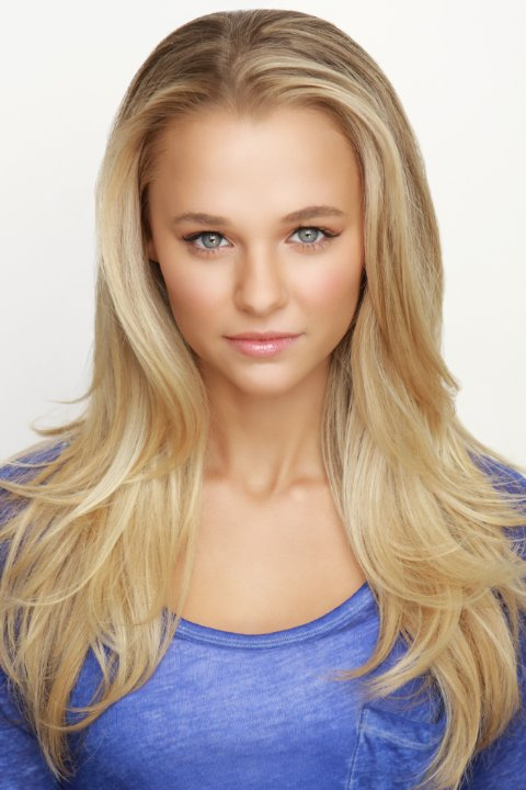 Madison Iseman Nude Photos 90